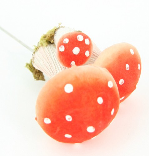 Decoratie paddenstoeltjes op draad
