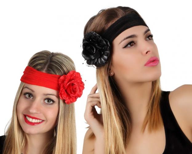 Feestelijke haarband met grote bloem