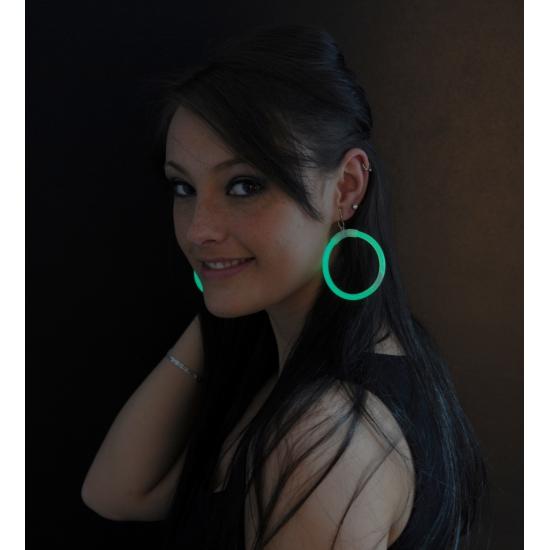 Groene oorbellen glow 2 stuks