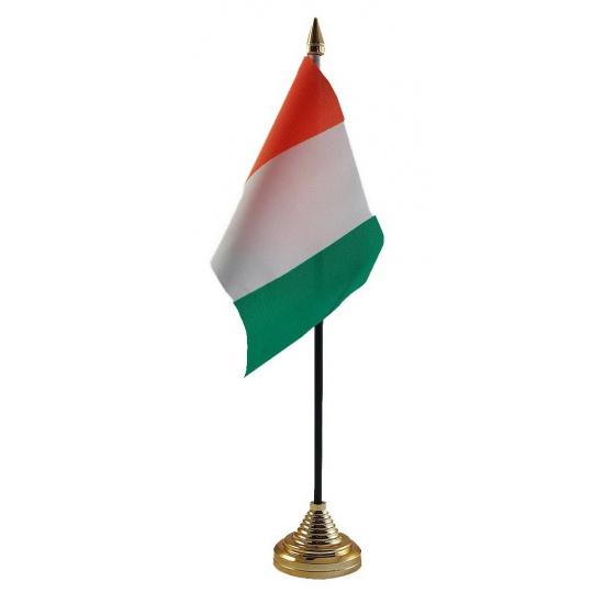 Ivoorkust vlaggetje voor op tafel